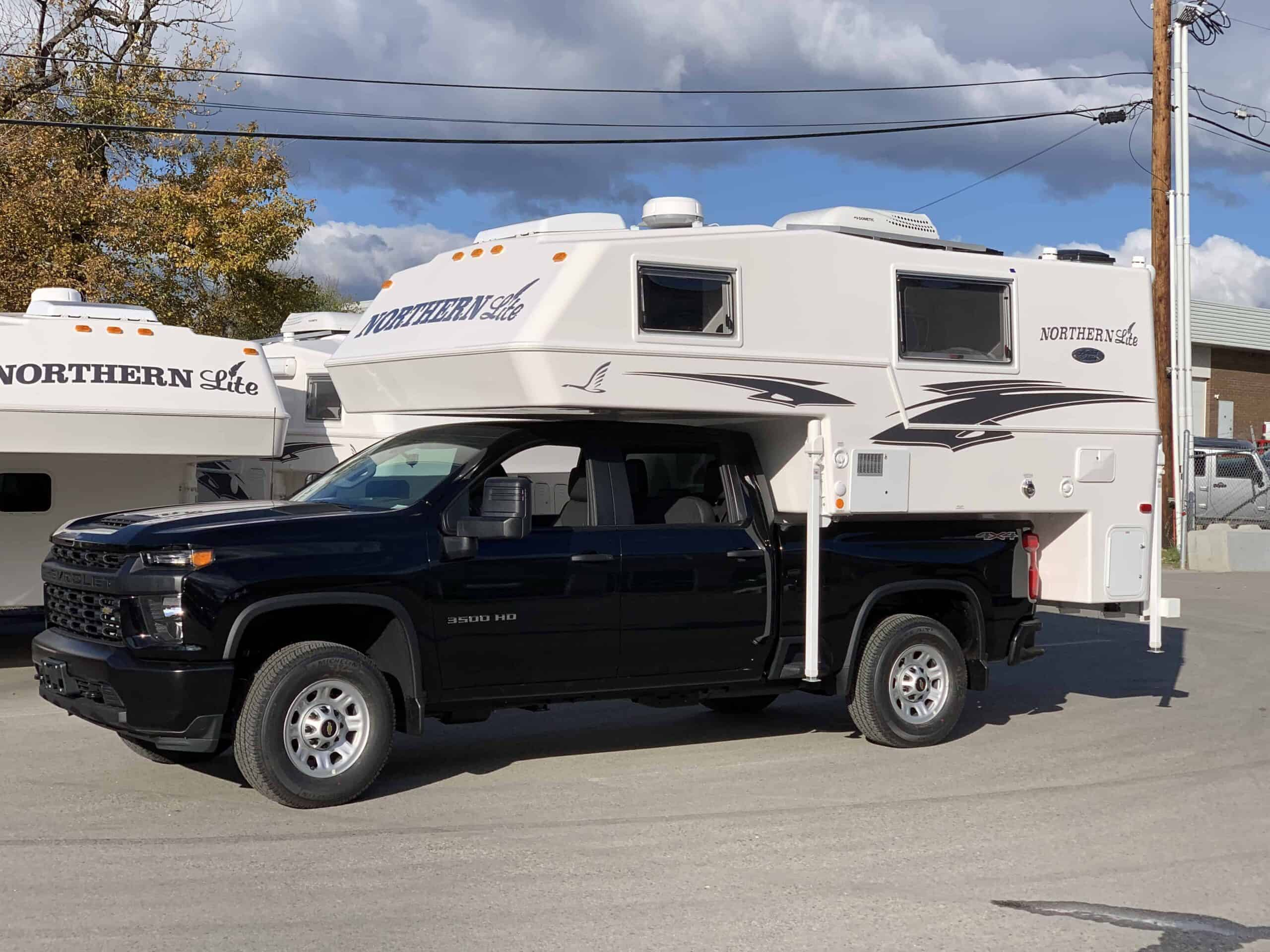 2020 Chevy 3500 with Northern Lite Truck Camper